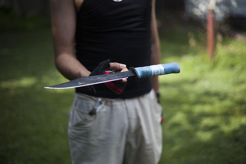 2 Test couteau de combat Ontario Marine Raider